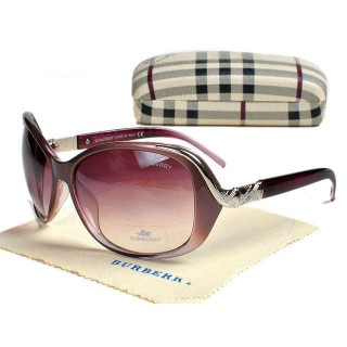 Burberry Cerclee Lunettes Ovale Pourpre Cara Delevingne