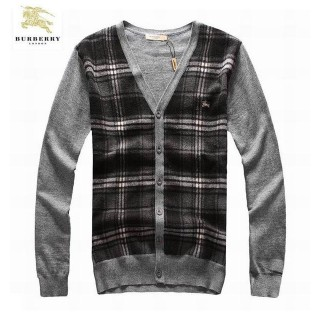 Burberry Gris Pull Homme Cardigans Col V Boutons Manches Longue Neiman Marcus